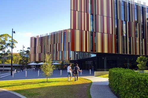 澳洲麦考瑞大学本科申请要求:要准备这些材料!