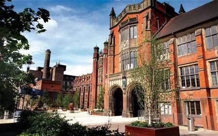 英国雷丁大学本科与硕士学费多少?