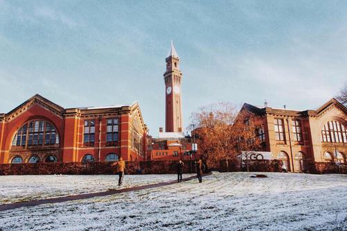 英国伯明翰大学本科及硕士专业学费多少?