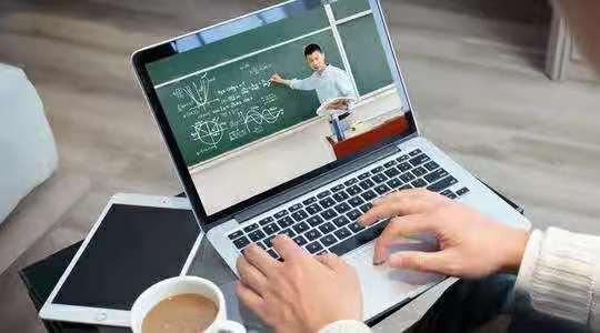 易申网答疑群全面升级!2位顾问老师同时在线解答你的各种疑问,所有同学都可入内!