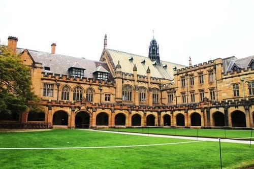 高考多少能进悉尼大学?至少需要考到总分的70%以上