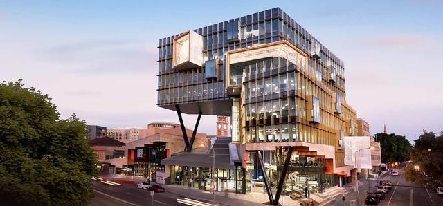 澳洲纽卡索大学全方位介绍:院系设置相当丰富