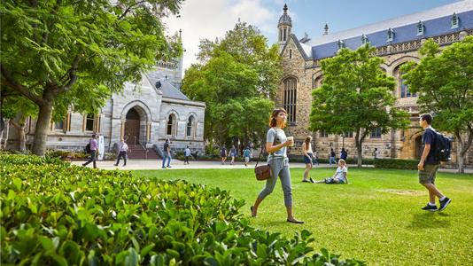 澳洲阿德莱德大学的金融硕士专业申请要求是?