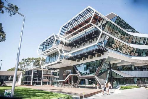 澳洲莫纳什大学会计专业世界排名及申请要求