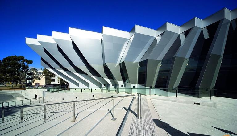 澳州国立大学2021年开设硕士新课,又一个性价比高的专业!