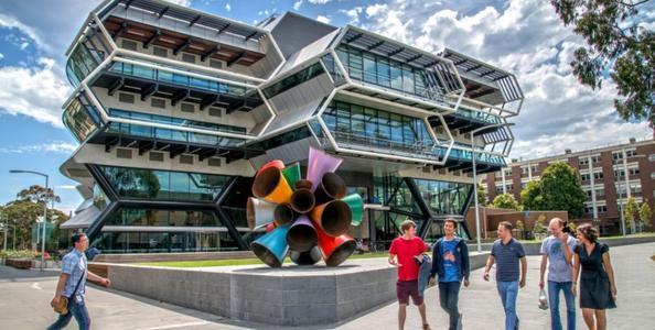 蒙纳什大学优势专业,世界内享有声誉
