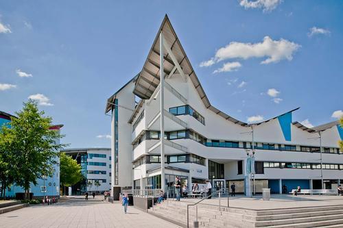 2021英国留学:东伦敦大学特色及申请条件
